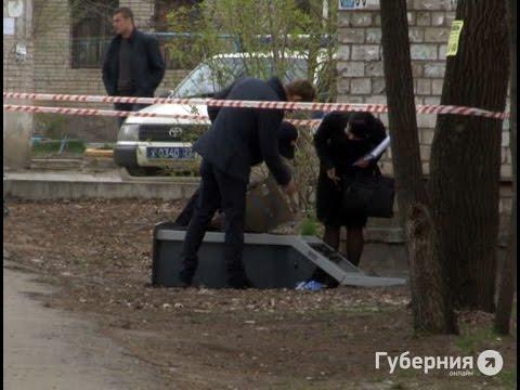 Кредитный терминал украли из хабаровского отделения банка неизвестные.MestoproTV