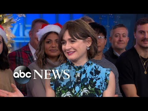 Emily Mortimer says 'it's an amazing honor' appearing in 'Mary Poppins Returns'