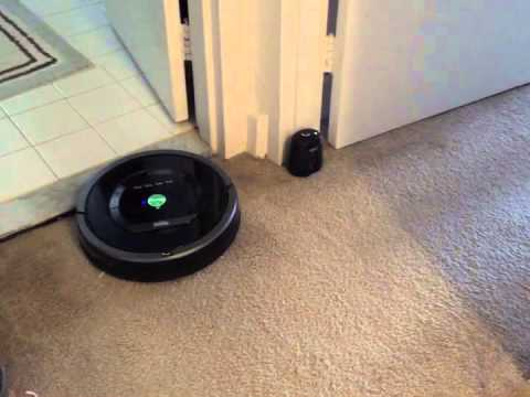 IRobot Roomba 880 Review and Demo: A demo and review of my new Roomba 880. Please keep in mind I am a regular person and this is not an expert opinion.