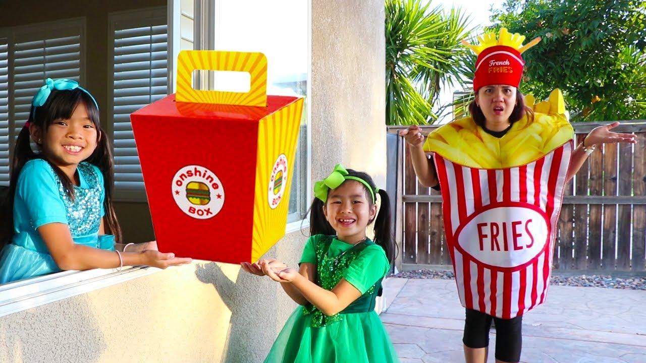 Emma & Jannie Pretend Play W Squishy Hamburger Fast Food