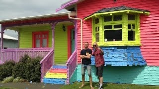House covered in Post-it notes | Jono and Ben at Ten