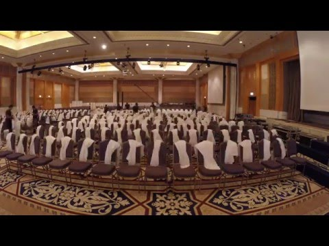 Behind the scenes of the Knowledge Summit 2015 by entourage