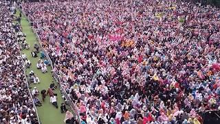 Puluhan Ribu Orang Jemaah Simak Ceramah Ustaz Abdul Somad di Masjid Raya Bandung