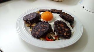 Жаренная картошка с Овощами и Кровяной Колбасой