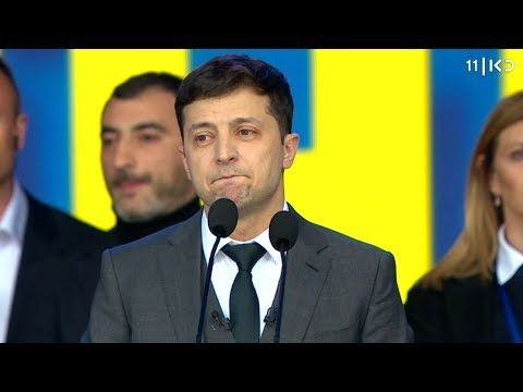 """""""בן אדם פשוט שבא לשבור את המערכת"""": הקומיקאי שכבש את השלטון באוקראינה"""