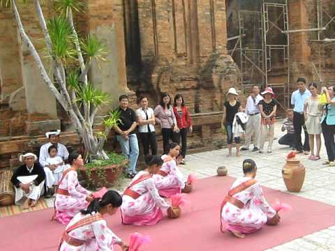 Mua Cham   Thapba   Nhatrang