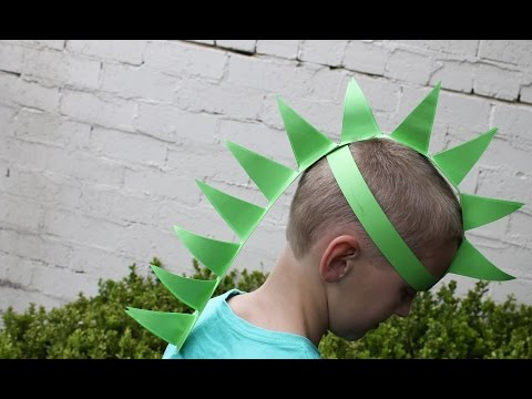 Easy craft: How to make a paper dinosaur hat