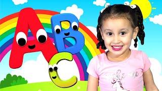 Aprenda o Alfabeto Brincando Música do Alfabeto ABC  Bia e Henry Kids