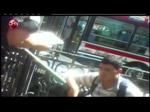 """[En La Mira] Pungas chilenos en el """"subte"""" argentino"""