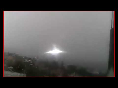 UFO 2017. Strange ufo in Zaragoza - Spain