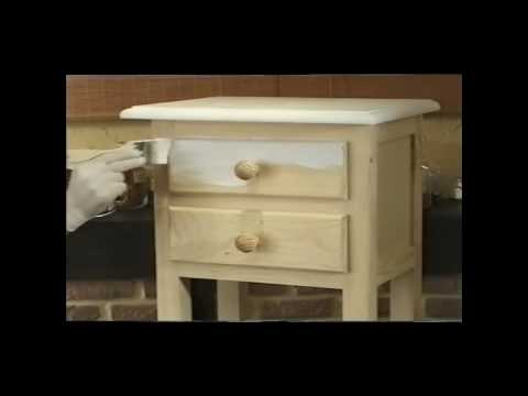 C mo pintar un mueble con aspecto lavado youtube for Tipo de pintura para madera