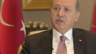 Эрдоган подал в суд на журналистов за смелую публикацию