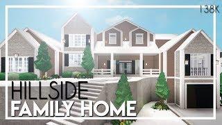 Welcome to Bloxburg: Hillside Family Home (138k)