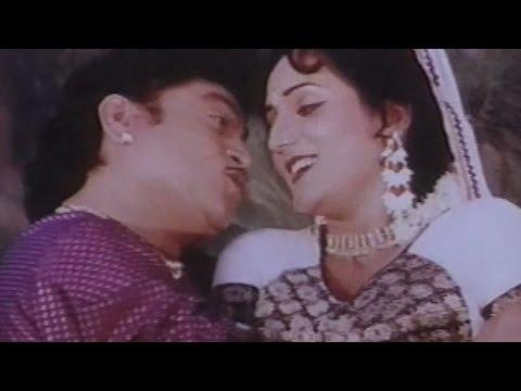 Odhani Udi Udi Jaay, Tahuke Sajan Sambhare - Gujarati Romantic Dance Song