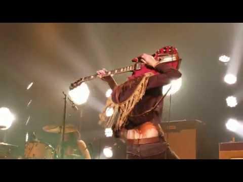 Greta Van Fleet- Edge Of Darkness-Awesome Jake Kiska solo