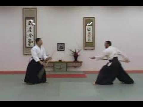 Aikido Training With Jo Staffs | HowTheyPlay
