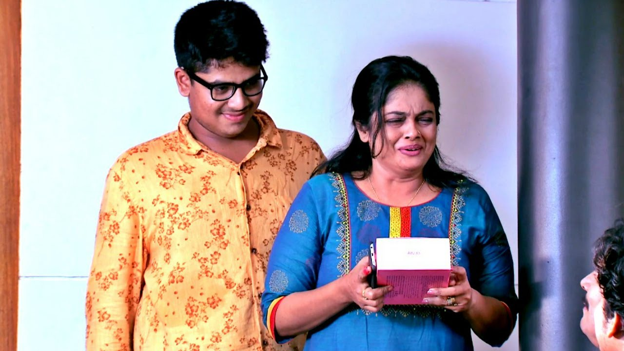 Thatteem Mutteem I A well wisher of Arjunan kavi I Mazhavil Manorama