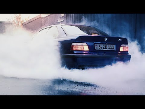 Bmw 328 E36 - POV Rainy Street Drift