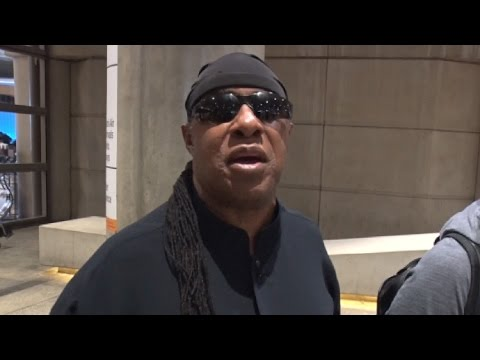 Stevie Wonder Reacts To Rumors That He's Not Actually Blind At LAX