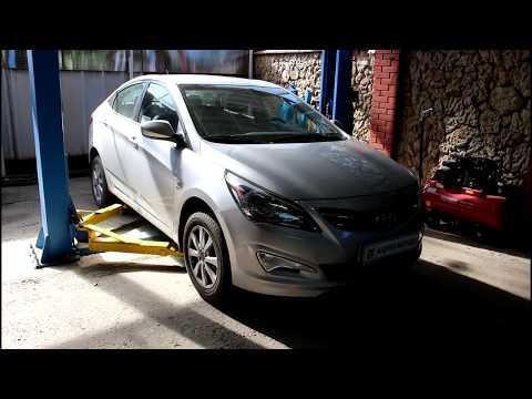 Замена лампочек в подфарниках и передних габаритов Hyundai Solaris 2016 года Хендай Солярис 1,6