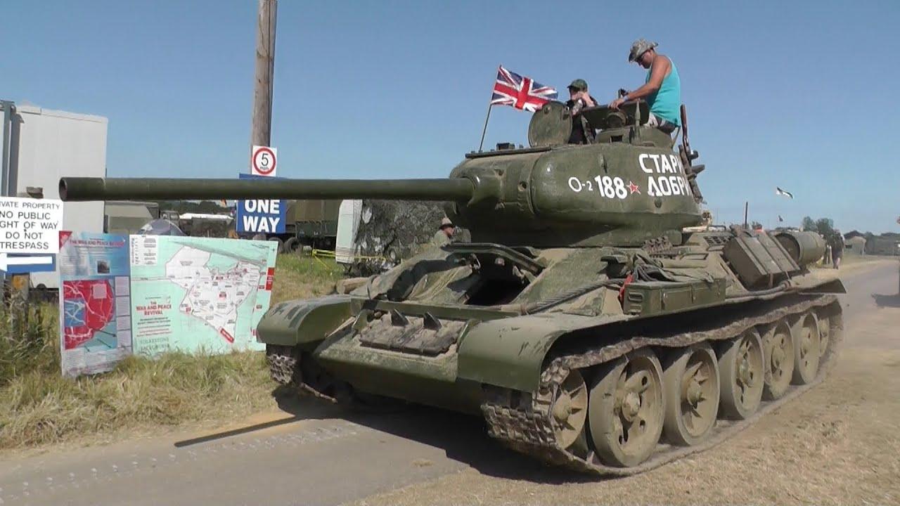 Soviet T34 85 Main Battle Tank Entering Arena & Blank ...