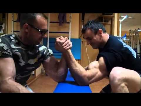 Russian bodybuilders ARM WRESTLING BETWEEN SETS!  how to grow muscle fast,muscle tee shirts