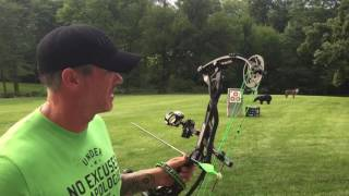 Joe Rogans bow at 80 yards after new strings