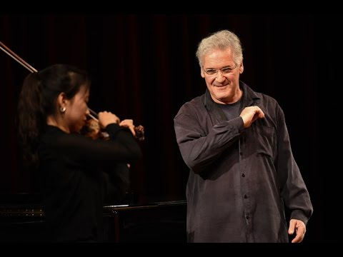 Pinchas Zukerman masterclass at the Royal College of Music