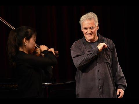Pinchas Zukerman: Violin / Viola Masterclass 2014