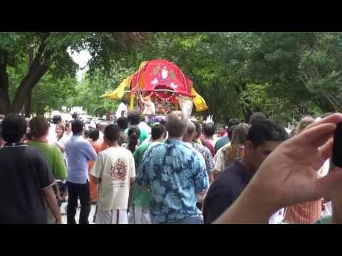 Rathayatra 2010 - Parade & Kirtan - 1/14