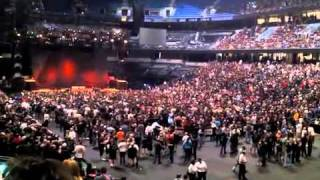 """Iron Maiden - Intro """"Doctor,Doctor"""" @ St.Pete Times Forum, Tampa, FL - 4:17:2001.m4v"""