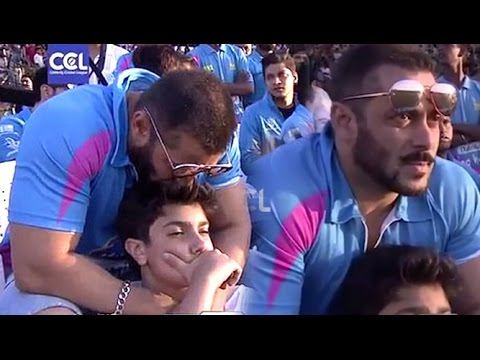 Salman Khan KISSING Sohail Khan's Son At CCL6