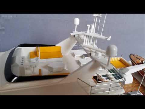 Sovereign Lady luxury motor yacht model from ModelShipMaster.com