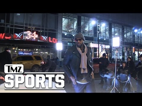 LeBron James -- Bangs Out Car Commercial ... In Middle of NYC Street | TMZ Sports
