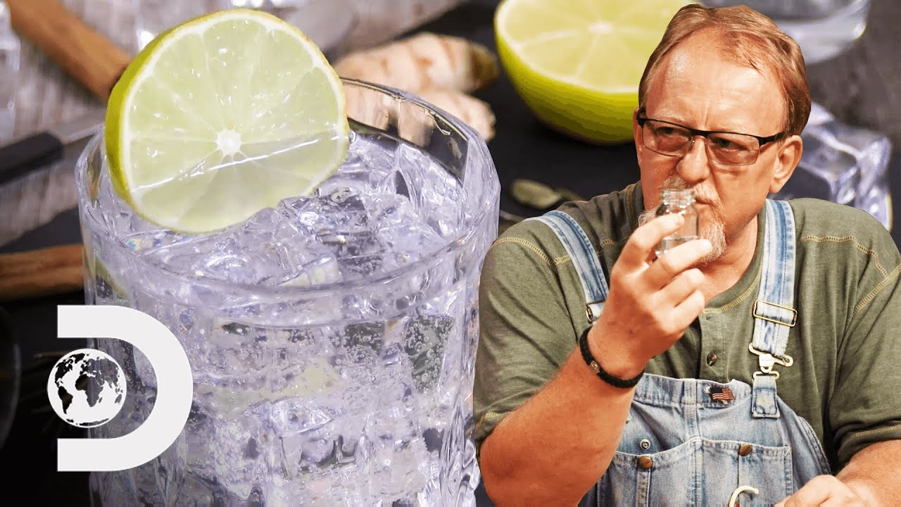 Will Mark & Digger Approve This London Dry Gin? | Moonshiners: Master Distiller