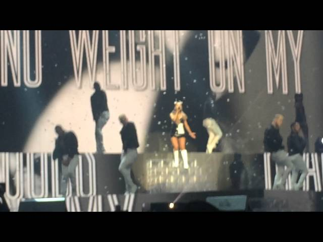 PROBLEM by Ariana Grande ft. Iggy Azalea LIVE AT HONEYMOON TOUR CHARLOTTE (FINALE)