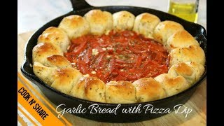Garlic Bread with Pizza Dip