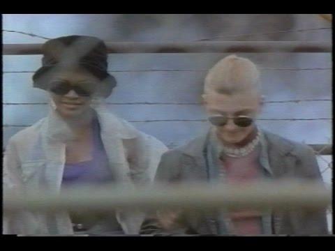 Catwalk TV Series 1990's  S01E04