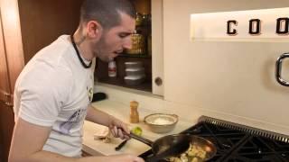 Mamma Mia!: Chicken Lemon with Green Peas Recipe by Chef Matteo Meacci