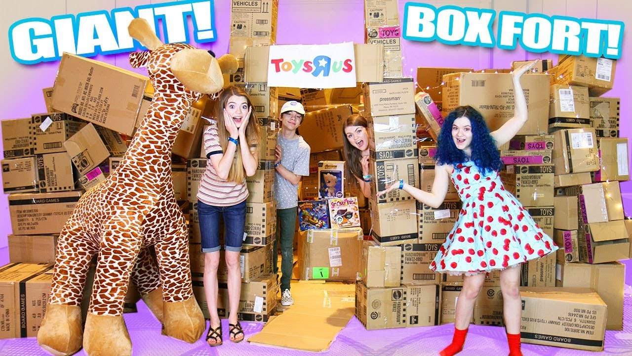 Giant Toys R Us Box Fort With Thatyoutub3family Diy Boxfort
