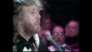 "Harry Nilsson performs ""Always"""