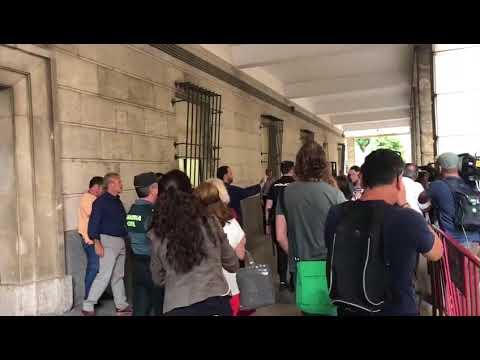 Así fue la llegada de El Prenda a los juzgados de Sevilla