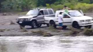 Isuzu 4x4 CR, Rio Tulin, abril 2012