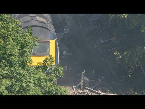 AFP Deutschland: Drei Tote bei Zugunglück in Schottland | AFP