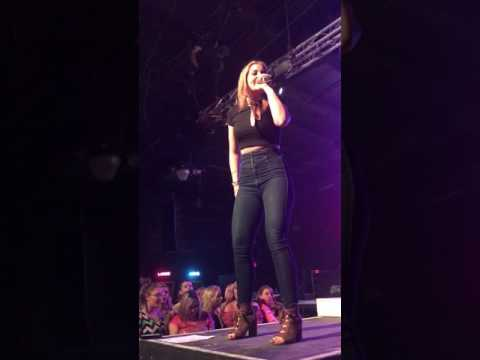 Lauren Alaina  road less traveled Wichita KS 32217
