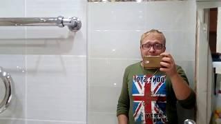 видео Как разместить стиральную машину в маленькой ванной?