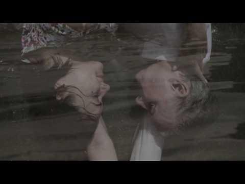 Mick Harvey - Ich Liebe Dich...Ich Dich Auch Nicht (featuring Andrea Schroeder) (Official Video)