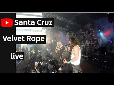Santa cruz velvet rope