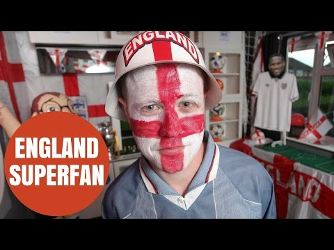 England superfan turns his living room into the ultimate football den
