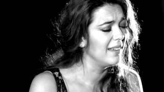 Alba Molina 'Todo Es De Color' - (Videoclip Oficial)